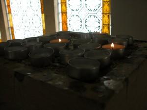 Gebetsstein in der Stadtkirche Wehlen ein Foto von Andreas Schrock