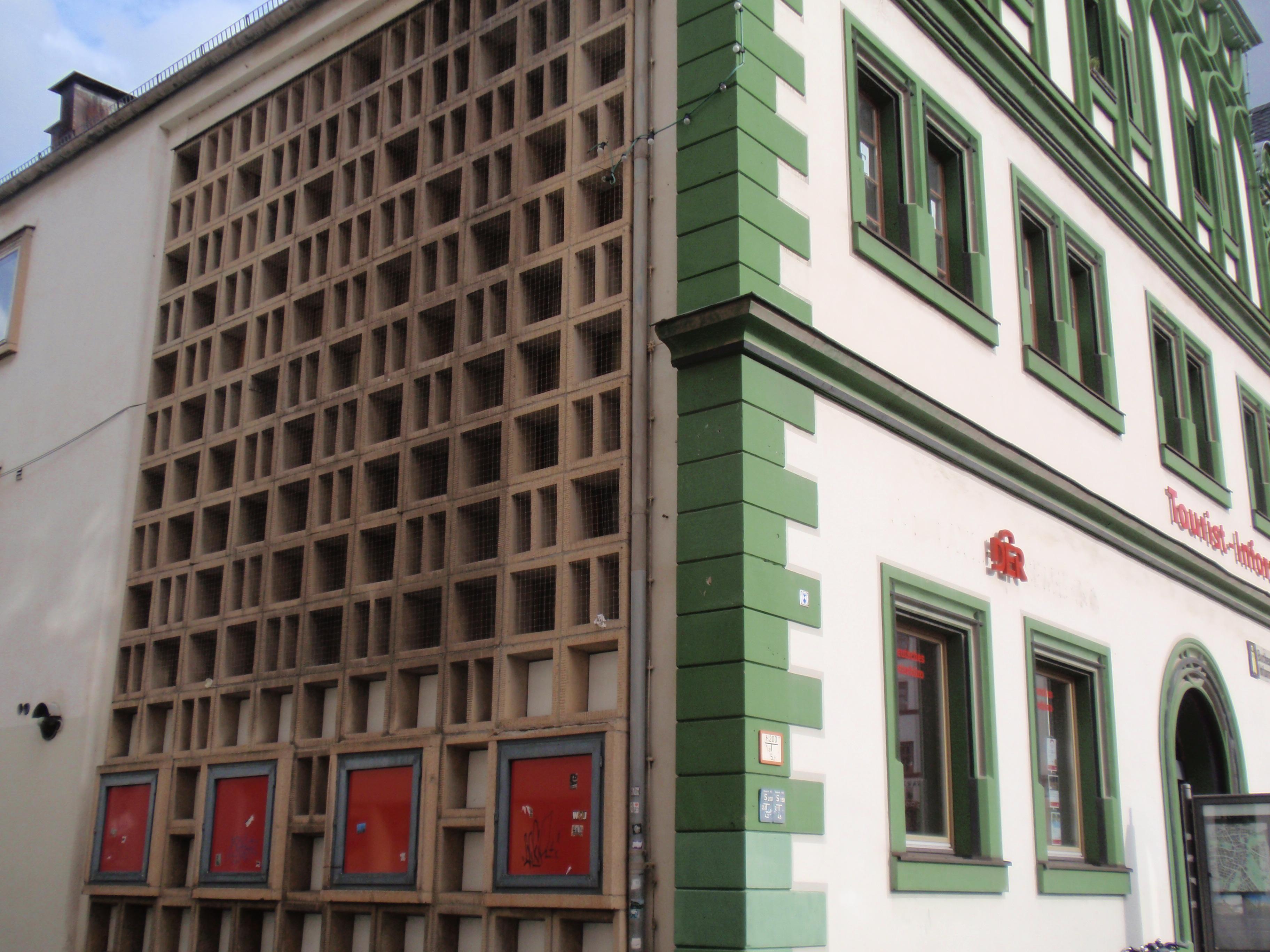 Weimarer Fassaden ein Foto von Lars Steger